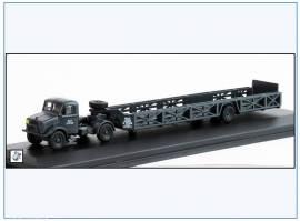 !BD024 Bedford OX & Queen Mary Trailer, ROYAL AIR FORCE 1939-45,Oxford 1:76 - Bild vergrößern