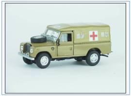 CR037 Land Rover Series III Army Ambulance-sandfarben, Oxford Cararama 1:43, NEU - Bild vergrößern