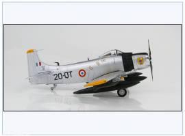 ! HA2916 A-1H Skyraider Armee de l´Air, Algerien 1962, Hobbymaster 1:72, NEU 9/19 - Bild vergrößern