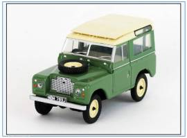 LR2AS003 Land Rover SIIA SWB klassisch grün OXFORD 1:43, NEU 6/2019 - Bild vergrößern