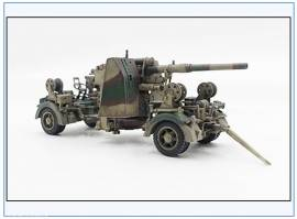 ! PMA0314  8,8 cm Flak 37, Ausführung Normandie 1945, Metallfertigmodell PMA 1:72,NEU 9/21 - Bild vergrößern