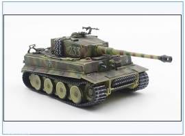 ! PMA0340 Tiger I s.Pz.Abt. 507, Wagen -233- Rußland 1944, PMA 1:72,NEU 5/21 - Bild vergrößern