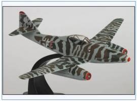 ! AC061 Messerschmitt Me-262 KG(J) 51, -Operation Bodenplatte-, 1.1.1945, Oxford 1:72, NEU - Bild vergrößern