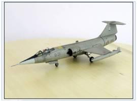 HA1045 Lockheed F-104S Starfighter Italian Air Foirce 2004,Hobbymaster 1:72,NEU 4/2021 - Bild vergrößern