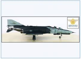 !A HA19019 F-4E Phantom II USAF 4th TFW, 1990,Hobbymaster 1:72,NEU 4/21 - Bild vergrößern
