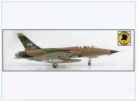 HA2550 F-105G Thunderchief USAF -Wild Weasel- 561st TFS,Vietnam,Hobbymaster 1:72,N - Bild vergrößern