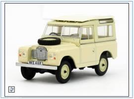 ! LR3S001 Land Rover Series III SWB Hard Top, elfenbein,Oxford 1:43,NEU 6/18 - Bild vergrößern