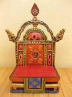 Handgeschnitzter Buddha Thron aus Holz - Hausaltar - Nepal - Tibet